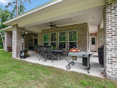 38 COVERED PATIO